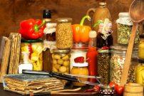 Conservazione alimenti, casalinghi